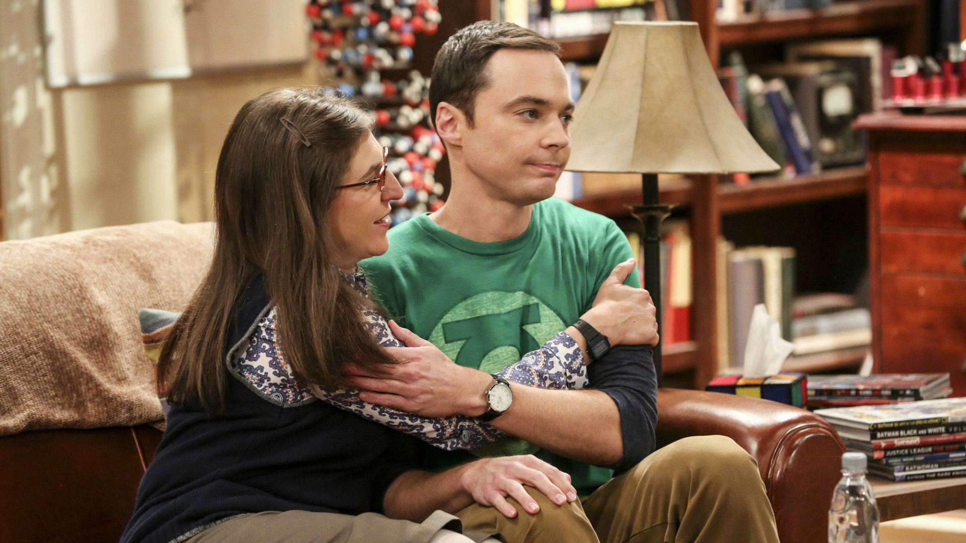 We're anxious to see how Amy and Sheldon handle their new living situation on The Big Bang Theory.