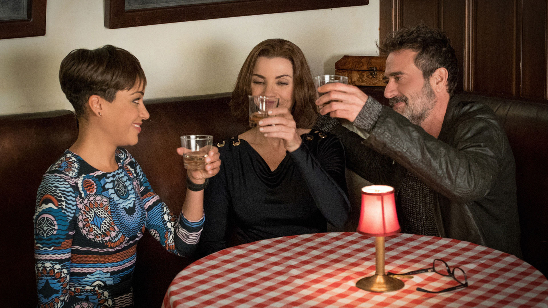 Cush Jumbo as Lucca Quinn, Julianna Margulies as Alicia Florrick, and Jeffrey Dean Morgan as Jason Crouse