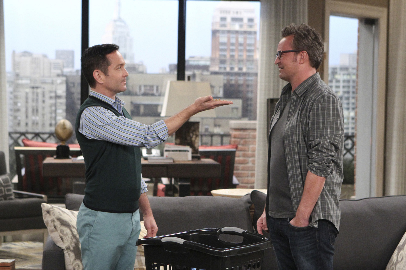 The Odd Couple returns for a 3rd season on Monday, Oct. 17 at 9:30/8:30c.