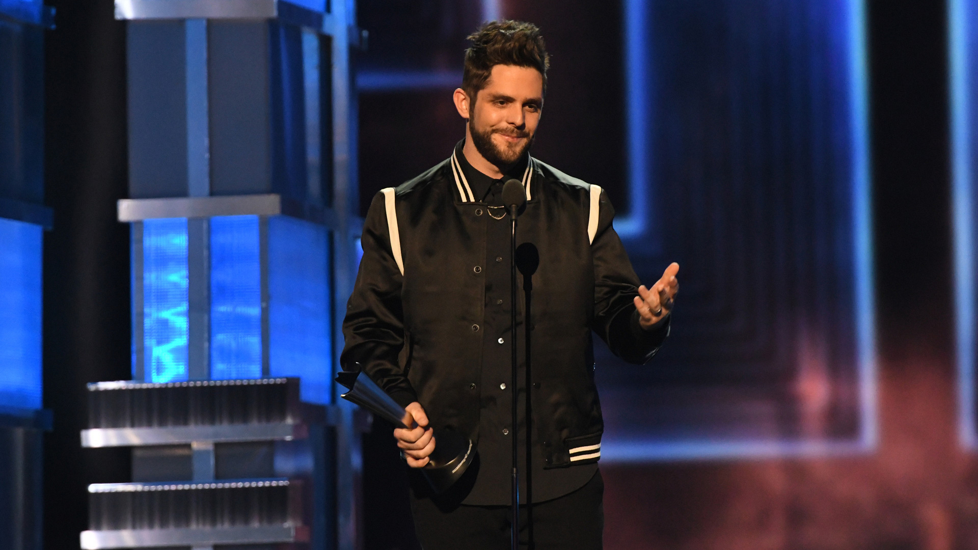 Thomas Rhett wins Male Vocalist Of The Year at the 52nd ACM Awards