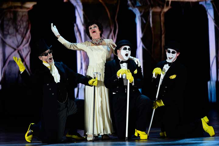 7. People can't stop gushing about Chita Rivera.