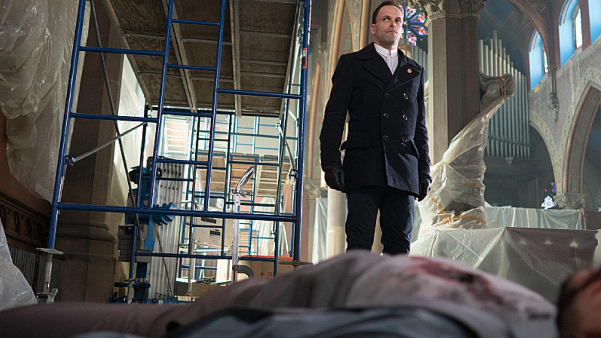Sherlock Holmes (Jonny Lee Miller), Elementary