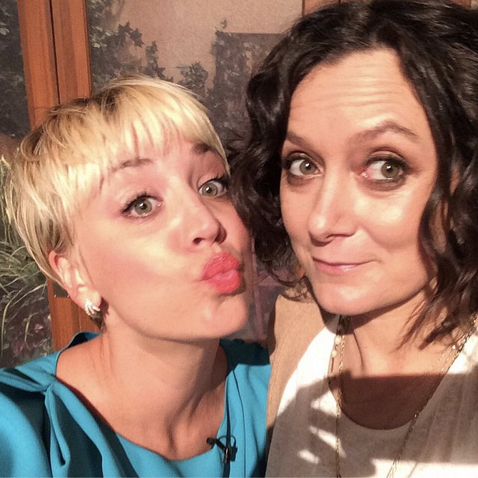 68. Sara Gilbert and Kaley Cuoco-Sweeting - The Talk & The Big Bang Theory