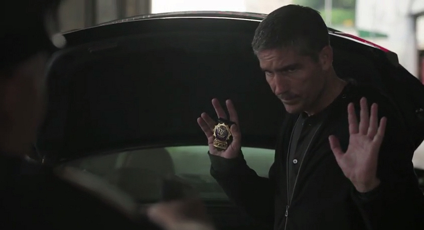 3. Reese continues to be awesome, busting drug deals and taking down the perp.
