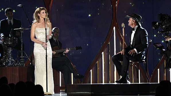 When country's royal couple serenaded each other.