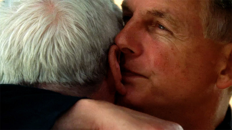 These Hearty Hugs From Gibbs Are Just What We Needed