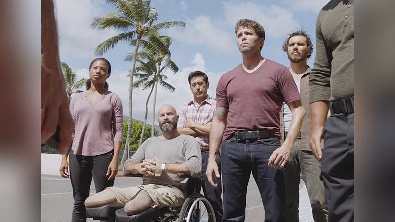 A Veterans Christmas Cast.Real Life Veterans Swoop In To Save Christmas On Hawaii Five 0