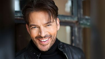 Harry Connick, Jr. To Host United We Sing: A GRAMMY Tribute To The Unsung Heroes On June 21