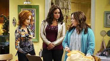 watch mike and molly online free