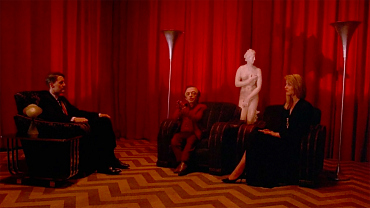 Classic Twin Peaks Episodes That Establish David Lynch's Visual Style