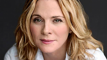 Kim Cattrall Cast In Tell Me A Story, A New Psychological Thriller For CBS All Access