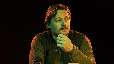 Sturgill Simpson Jokingly Calls His One Dollar Acting Debut A Midlife Crisis
