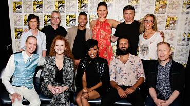 Watch Star Trek: Discovery Stars Read Fan Reactions To The Season 2 First Look Trailer