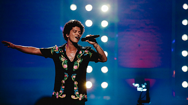 How To Watch Bruno Mars: 24K Magic Live At The Apollo