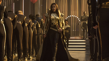 Yep, Michelle Yeoh Is Back On Star Trek: Discovery!