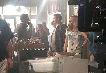That\'s One Way To Stay Comfortable On Set