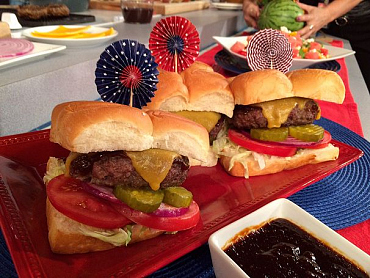 15 Mouth-Watering Recipes That Will Make Your 4th Of July Pop