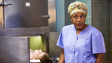 Dr. Loretta Wade Rocks The Best Hats On Television
