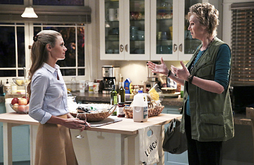 First Look: Amy Sticks Her Nose In Allison\'s Family Business On Angel From Hell