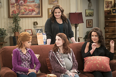 First Look: A Former Student Ends Up Changing Molly\'s Life On Mike & Molly