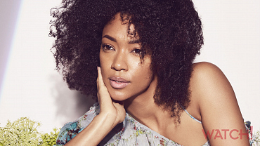 20 Gorgeous Photos Of Sonequa Martin-Green From Star Trek: Discovery