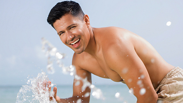 First Look: Magnum P.I. Star Jay Hernandez Sizzles In Mexico