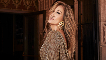 First Look: Carrie Ann Inaba Of The Talk Gets Gorgeous