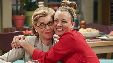 How To Win Over Your In-Laws, According To The Big Bang Theory
