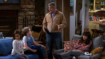15 Things Every TV Dad Does