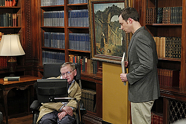 Stephen Hawking\'s Appearance on The Big Bang Theory Was Pure Genius