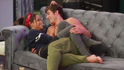 Big Brother's Jess And Cody Bring Their Love To The Amazing Race