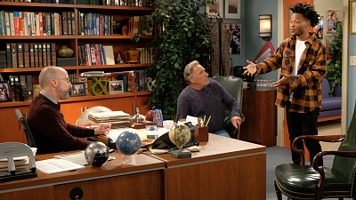 Franco Considers Throwing Away His Biggest Dream On Superior Donuts