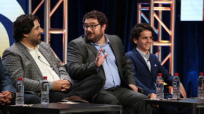 Bobby Moynihan Recalls When He Fell In Love With Me, Myself & I