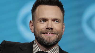 All The Reasons Why Joel McHale Is An Actual Renaissance Man