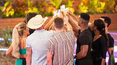 Raise A Glass To These New Year's Resolutions, As Inspired By Love Island