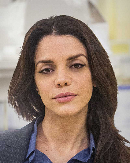 Vanessa Ferlito graceland