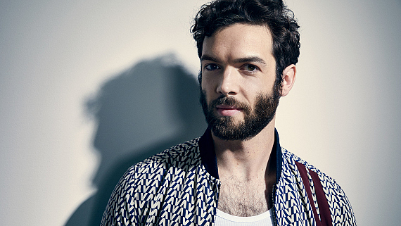 Ethan Peck From Star Trek: Discovery Stuns In These New Photos