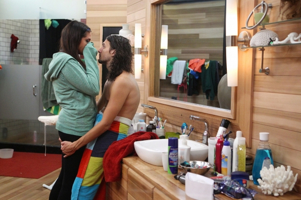 Amanda and mccrae hook up